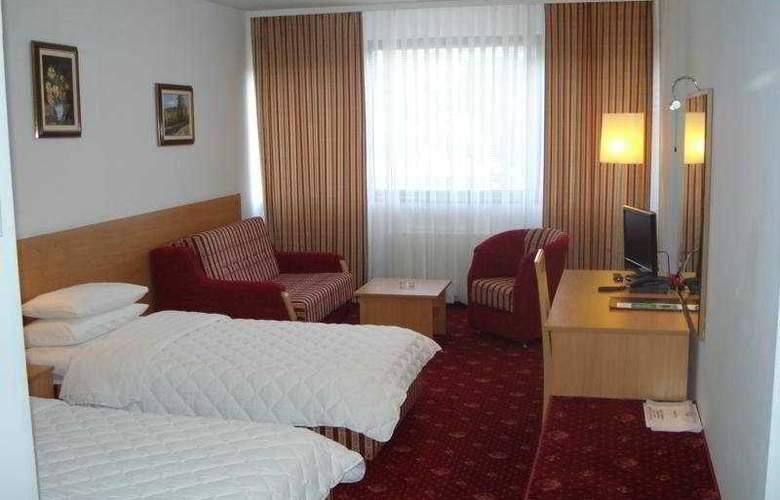 Grand Sarajevo - Room - 3