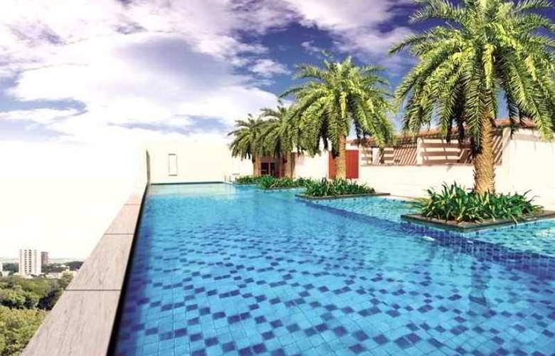 Hilton Chennai - Pool - 3