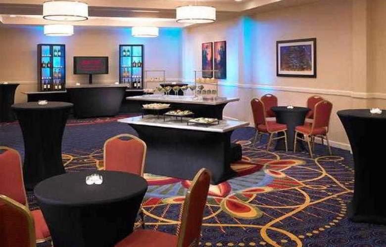 Marriott Chicago Oak Brook - Hotel - 33