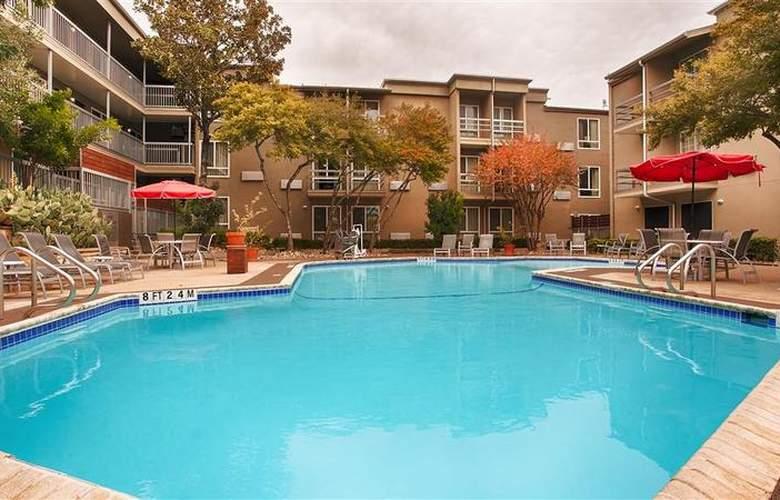 Best Western Plus Austin City Hotel - Pool - 105