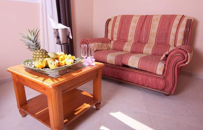 Gran Hotel Peñiscola - Room - 11
