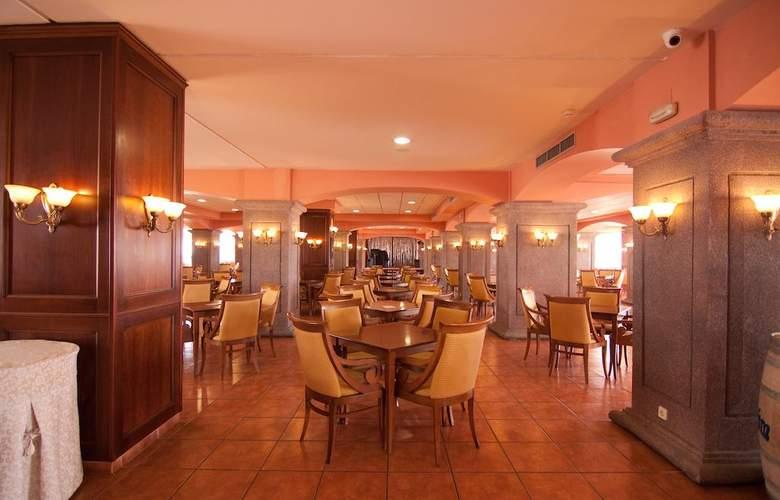 Gran Hotel Peñiscola - Restaurant - 5