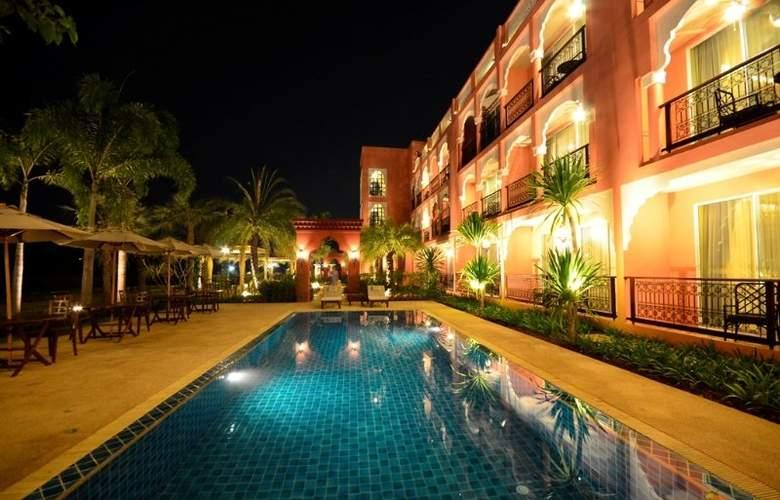 Sheik Istana - Pool - 8