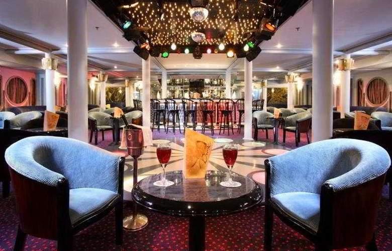 M/S Sonesta Moon Goddess Nile Cruise - Bar - 9