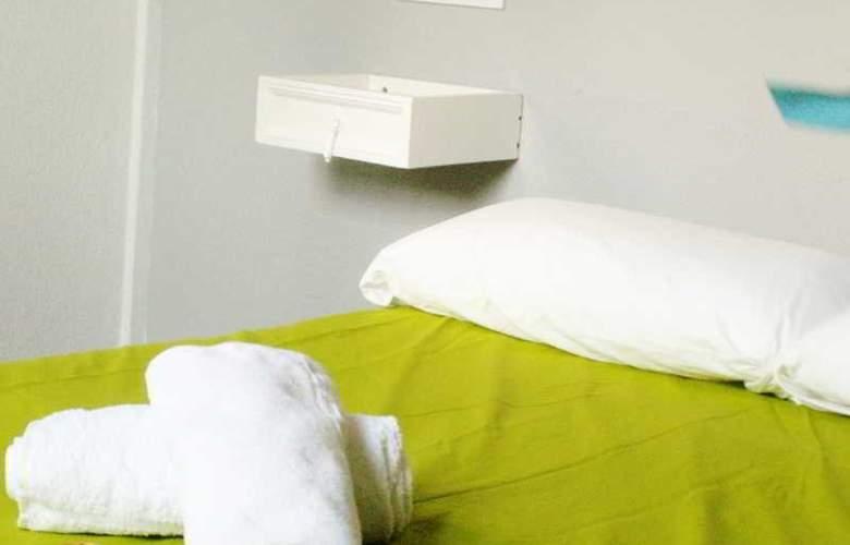 Oasis Hostel Toledo - Room - 1