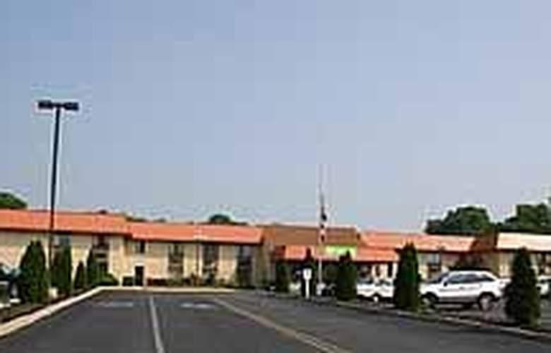 Quality Inn McGuire AFB - Hotel - 0