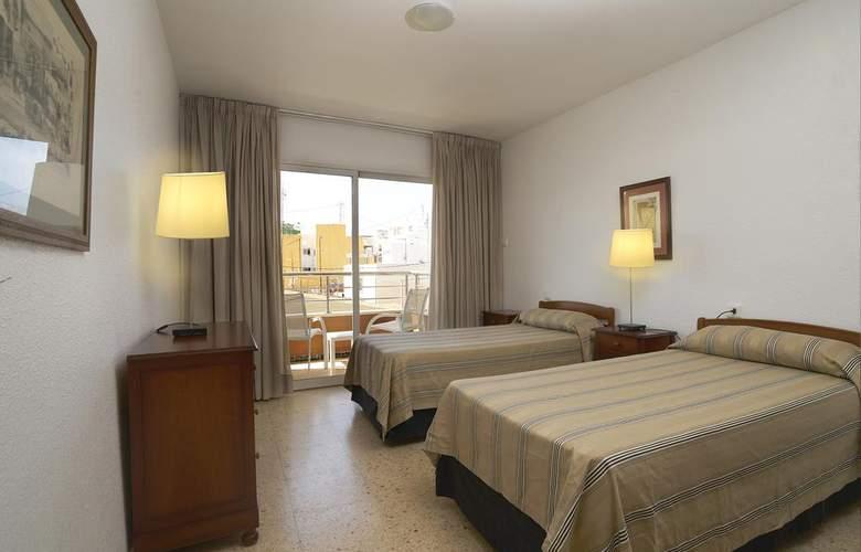 Apartamentos Maja - Room - 1