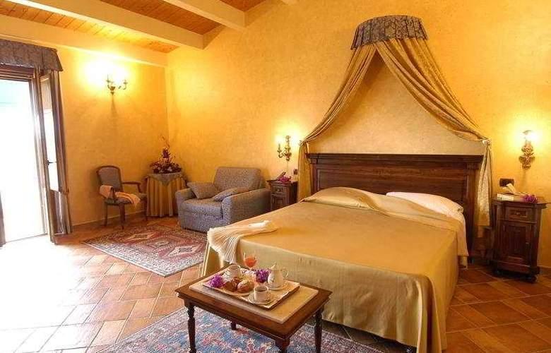 Il Podere Hotel Spa Restaurant - Room - 4