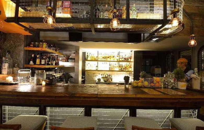 Salil Hotel Sukhumvit Soi Thonglor1 - Bar - 8