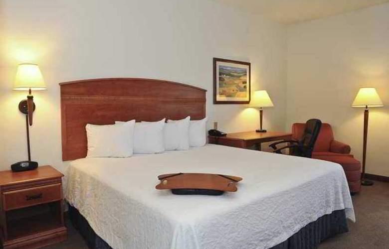 Hampton Inn Chicago Elgin / I-90 - Hotel - 1