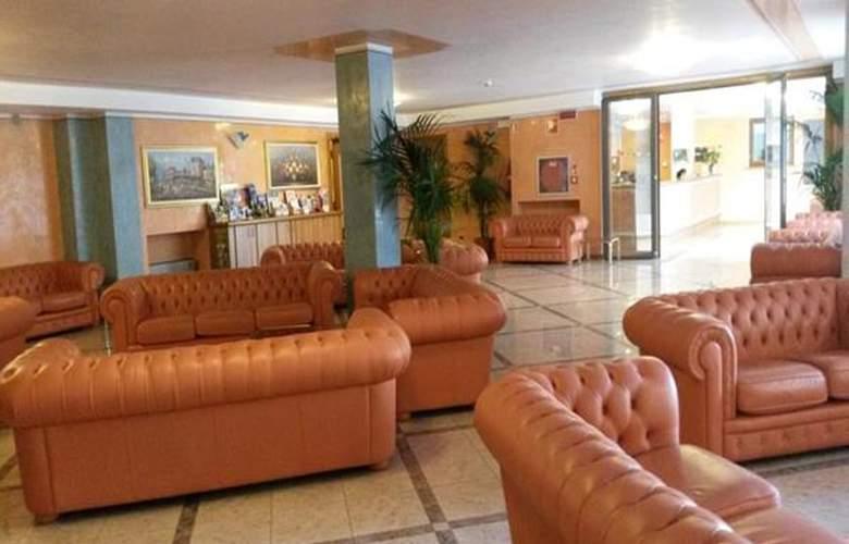 Garda Bellevue - Hotel - 1