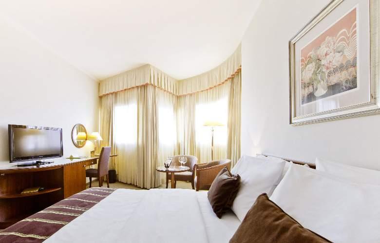 Dubrovnik Zagreb - Room - 6