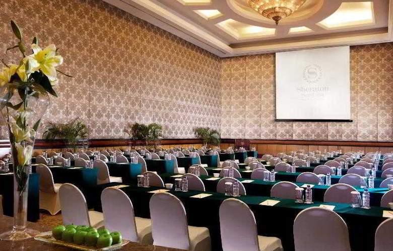 Sheraton Surabaya - Hotel - 13