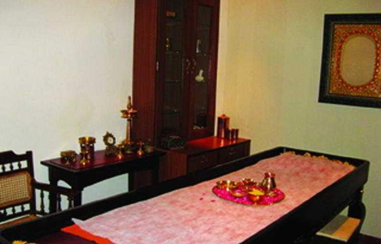 Club Mahindra Backwater Retreat - General - 1