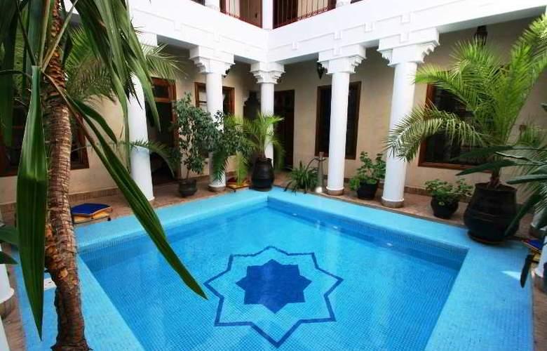 Riad Africa - Pool - 8