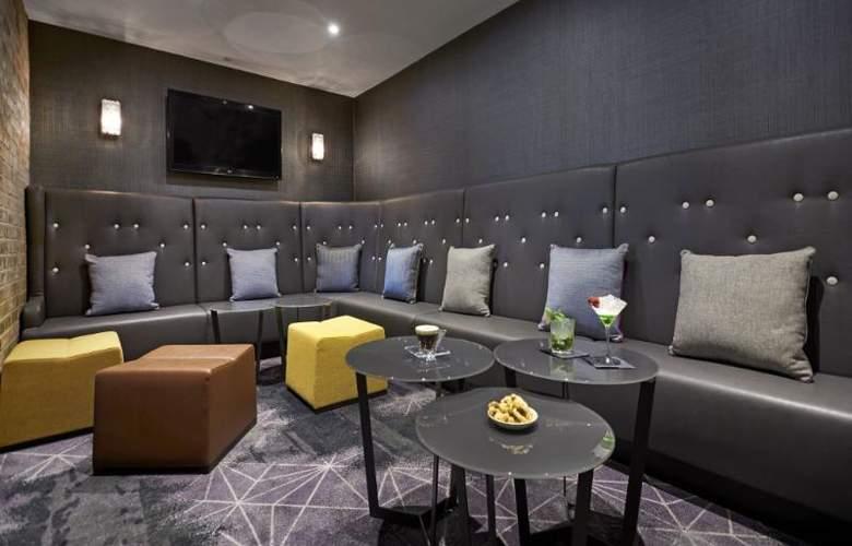 Hilton London Docklands Riverside - Bar - 46
