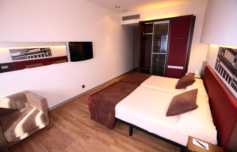 Ayre Gran Hotel Colon - Room - 2