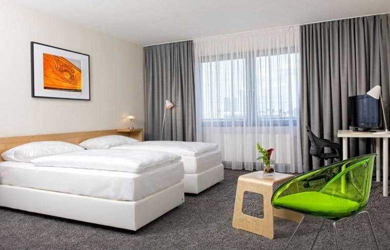 Tryp by Wyndham Frankfurt - Room - 3