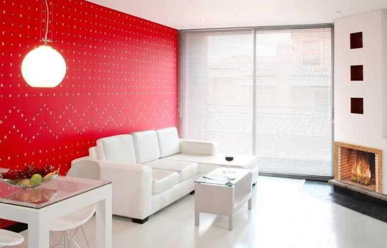 104 Art Suites - General - 2