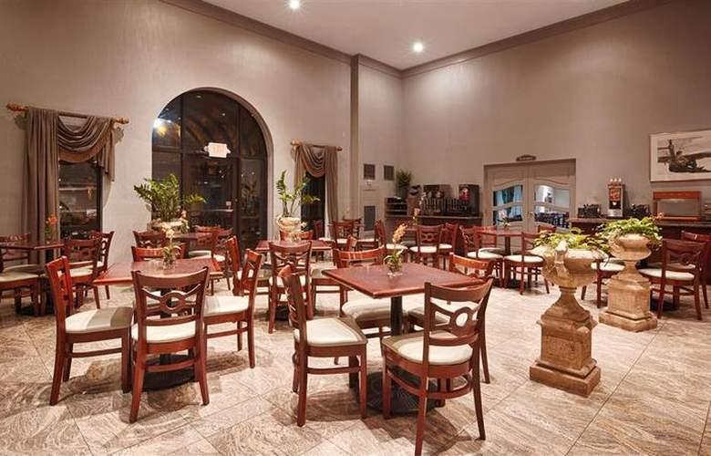 Best Western Plus Concordville Hotel - Restaurant - 116