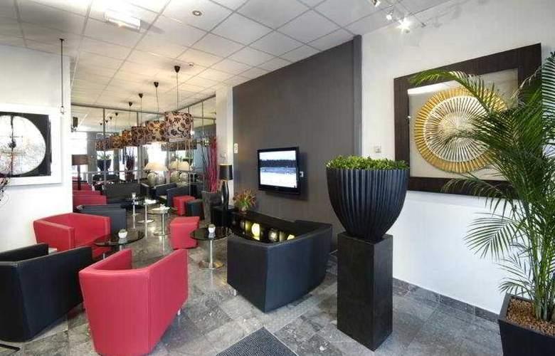Kyriad Mulhouse Centre - Bar - 1