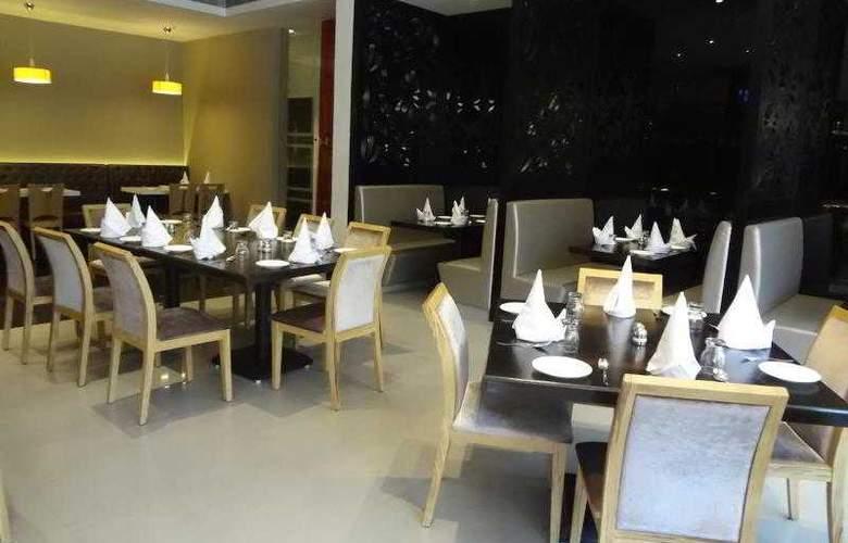 Satkar Grande - Restaurant - 3