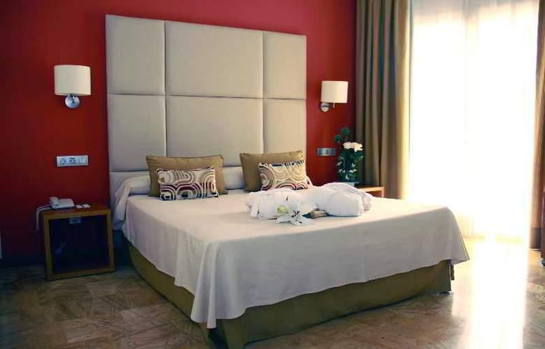 Port Ciutadella - Room - 12