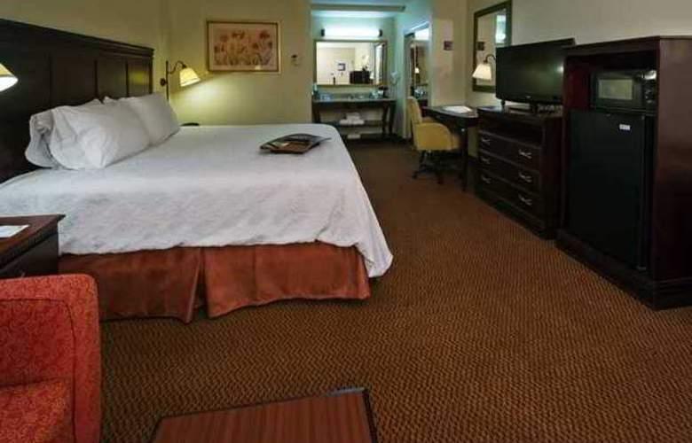 Hampton Inn Tupelo - Hotel - 1