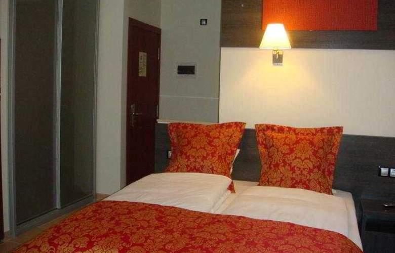 Casablanca Suites - Solo Adultos - Room - 5