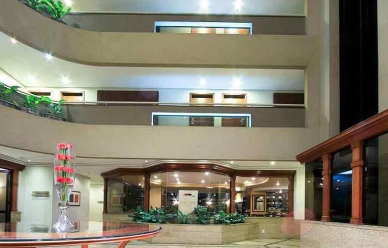 Mercure Curitiba Golden - Hotel - 19