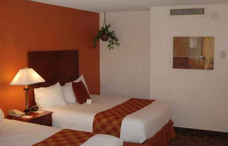 Best Western Plus University Inn - Hotel - 25