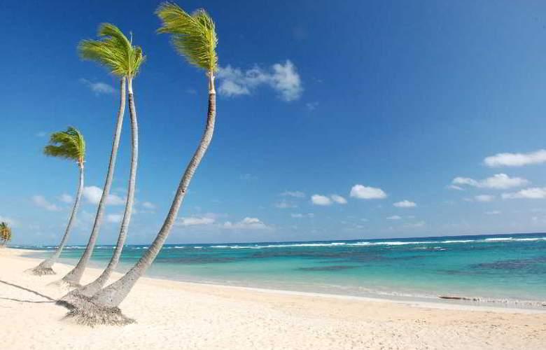 Sirenis Cocotal Beach Resort & Spa All Inclusive - Beach - 3