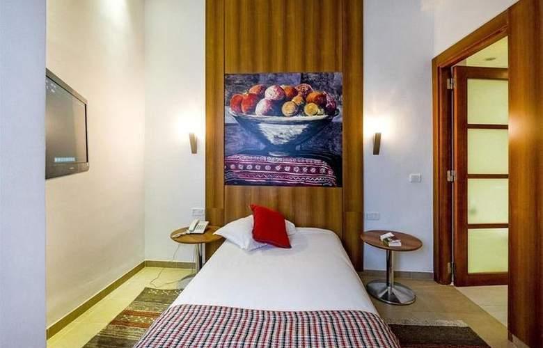 Carlton Tunis - Room - 8
