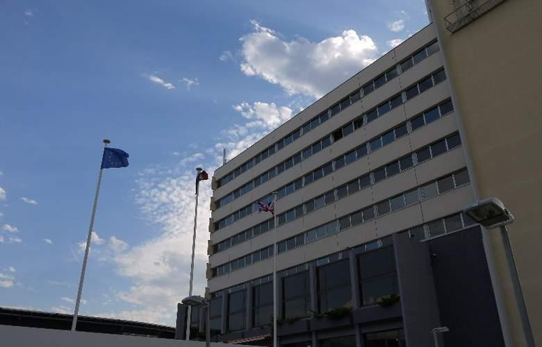 Appart'City Grenoble Alpexpo - Hotel - 0