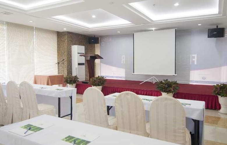Liberty Hotel Saigon South - Conference - 26
