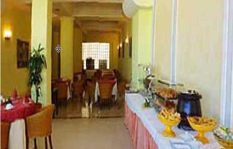 Rembrandt Hotel - Restaurant - 32