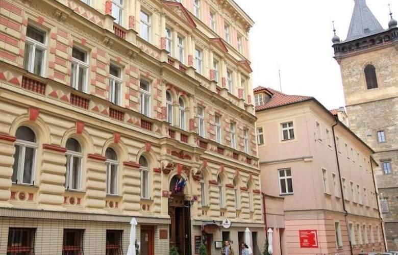 Novomestsky - Hotel - 0