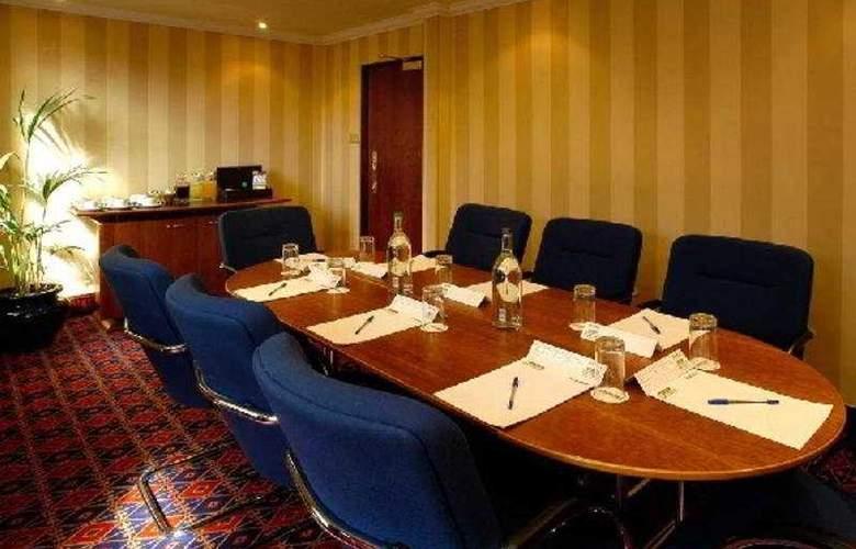 Comfort Hotel Harrow - Conference - 3