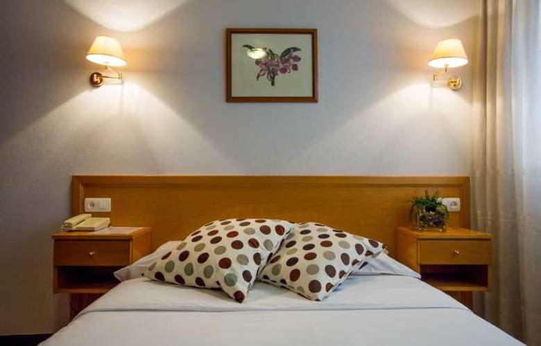 Costa Verde - Room - 5
