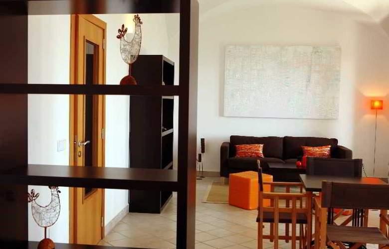 Petit Hotel Hostatgeria Sant Salvador - Room - 7