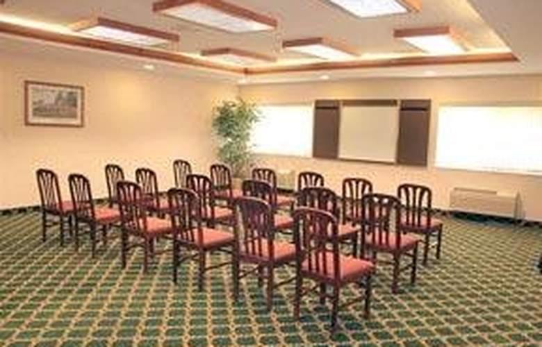 Comfort Suites Park Central - General - 1