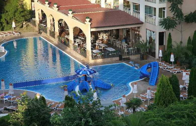 Alba - Hotel - 9