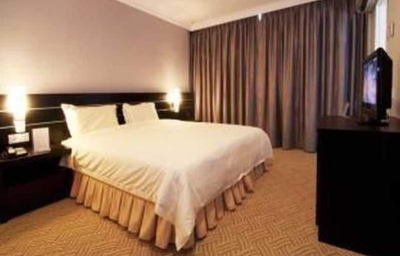 Hotel Waterfall Penang - Room - 9