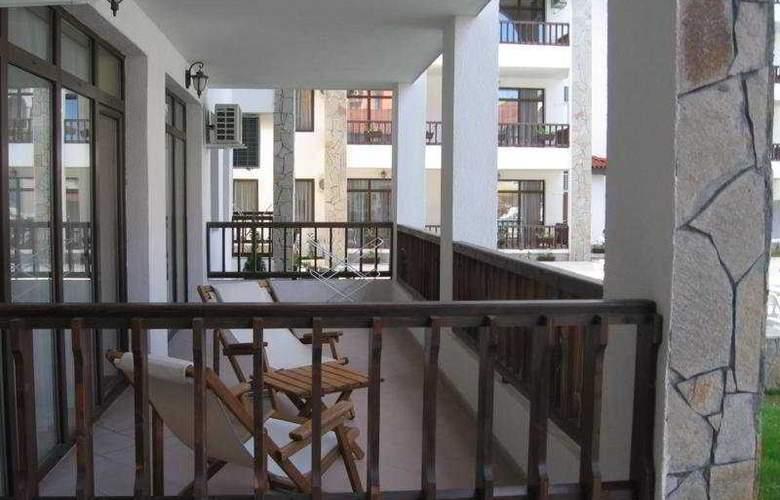 Severina - Terrace - 4