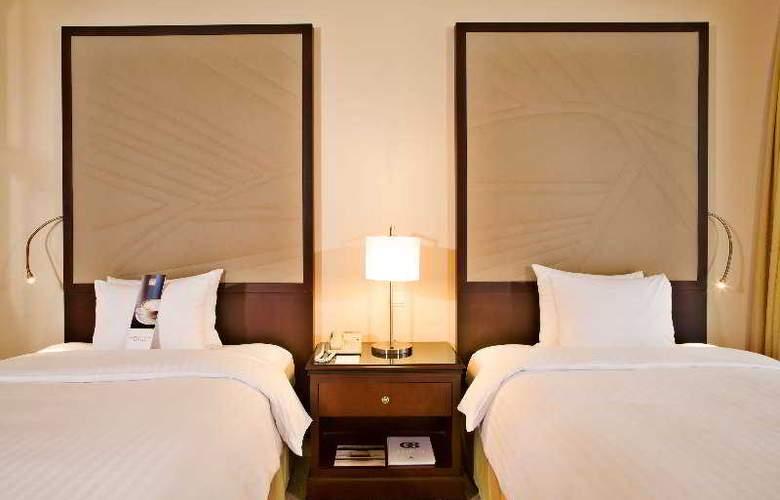 Lisbon Marriott - Room - 13