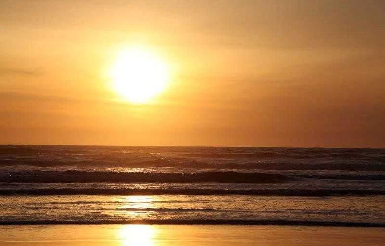 Best Western Ocean View Resort - Hotel - 34