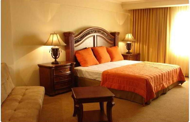 Clarion Suites Mediterraneo - Room - 4