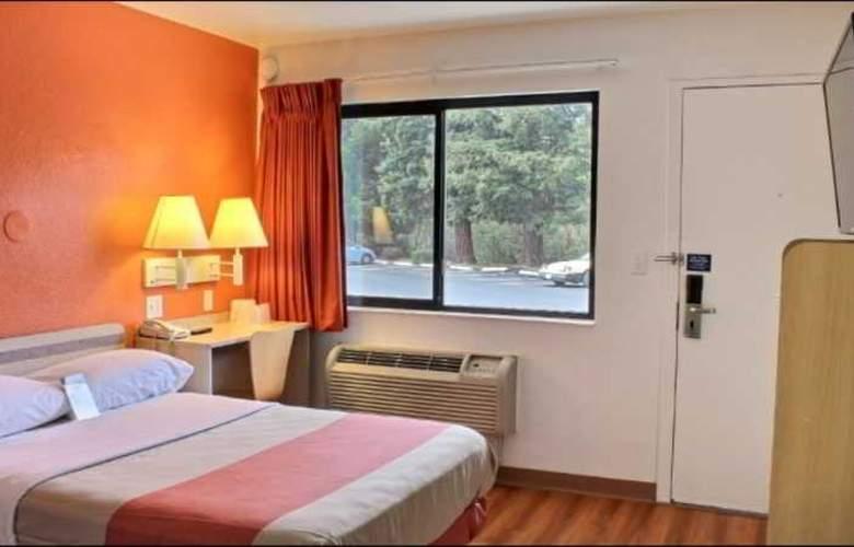 Motel 6 San Luis Obispo North - Room - 7