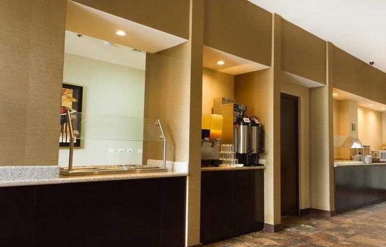 Best Western Premier Monterrey Aeropuerto - Hotel - 2
