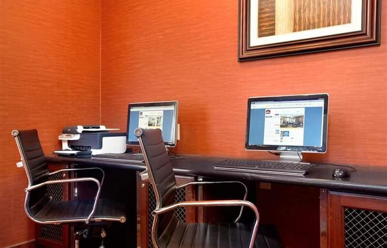 Best Western Plus Piedmont Inn & Suites - Conference - 62